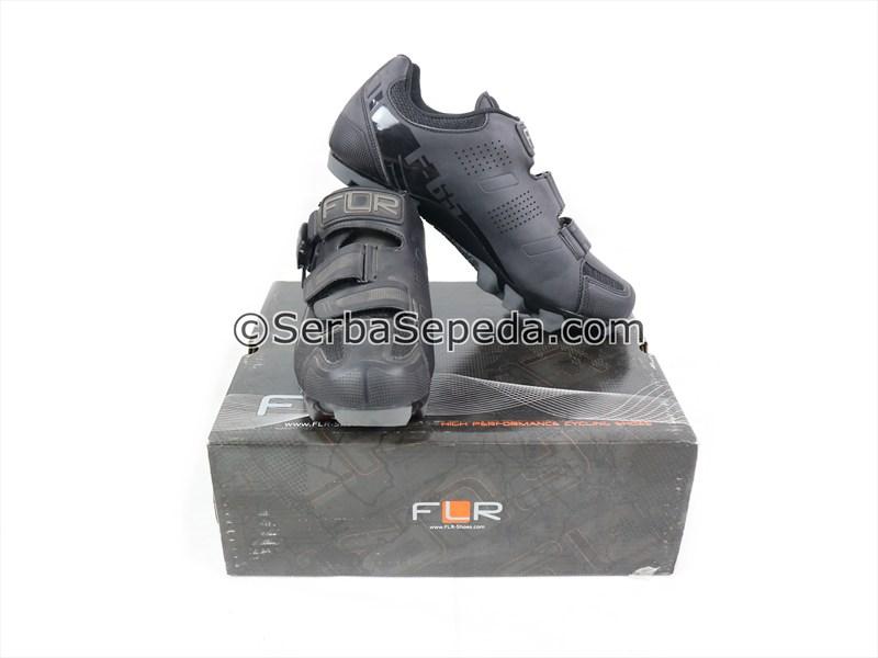 FLR Sepatu F-65